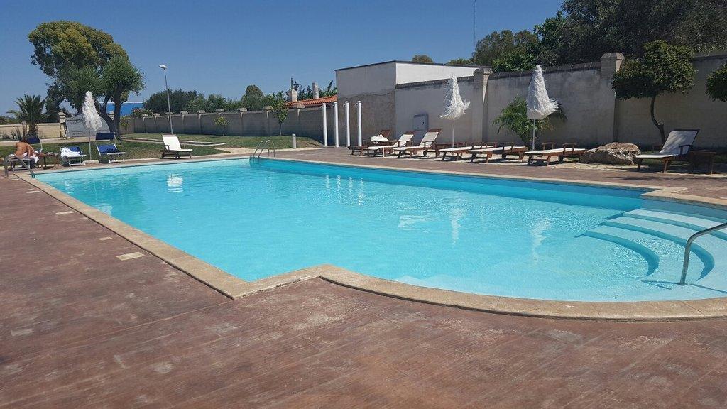 Villa Hermosa Resort
