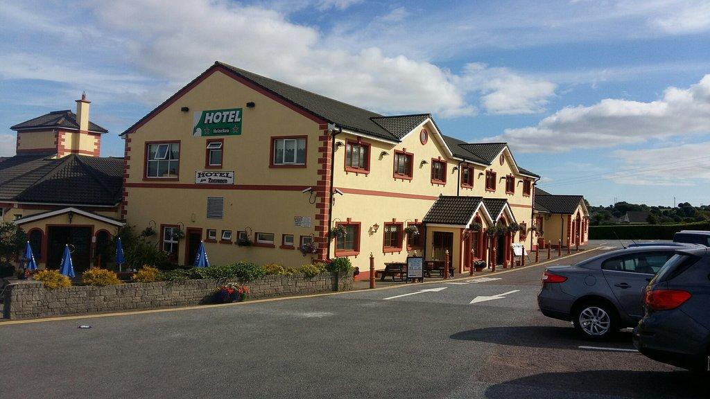 Rhu Glenn Hotel