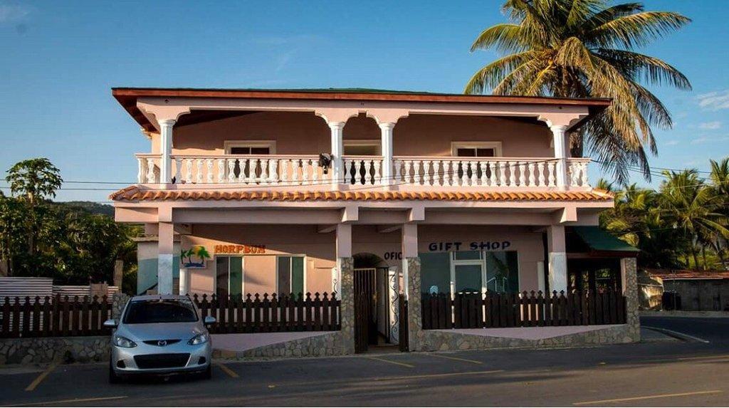 Hotel Playa Buen Hombre