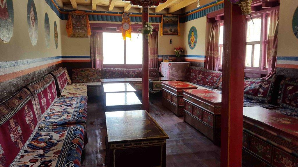 Lotus Holiday Inn