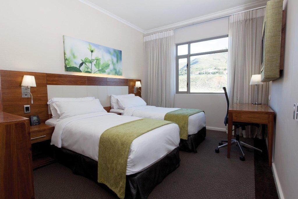 DoubleTree by Hilton Cape Town - Upper Eastside