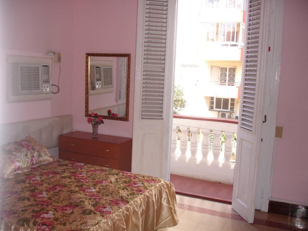 Casa Rene Vedado Comfort