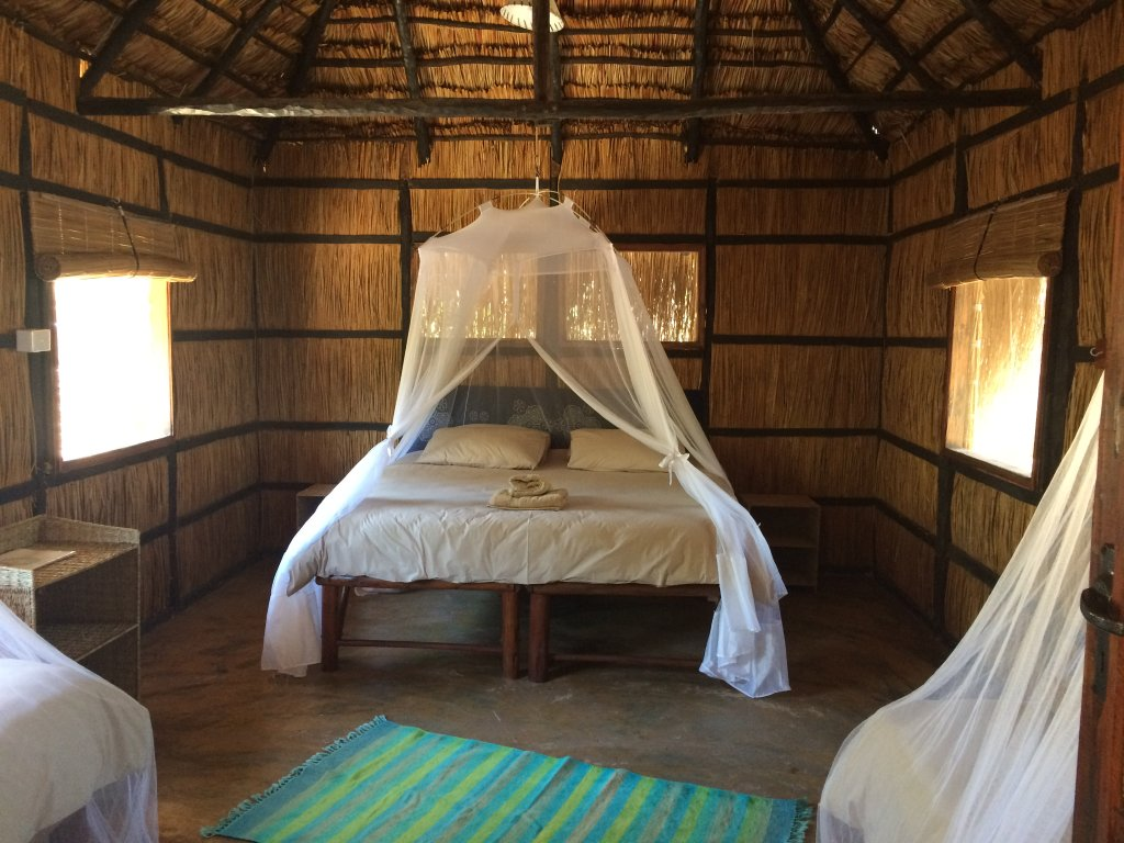 Mango Beach Lodge