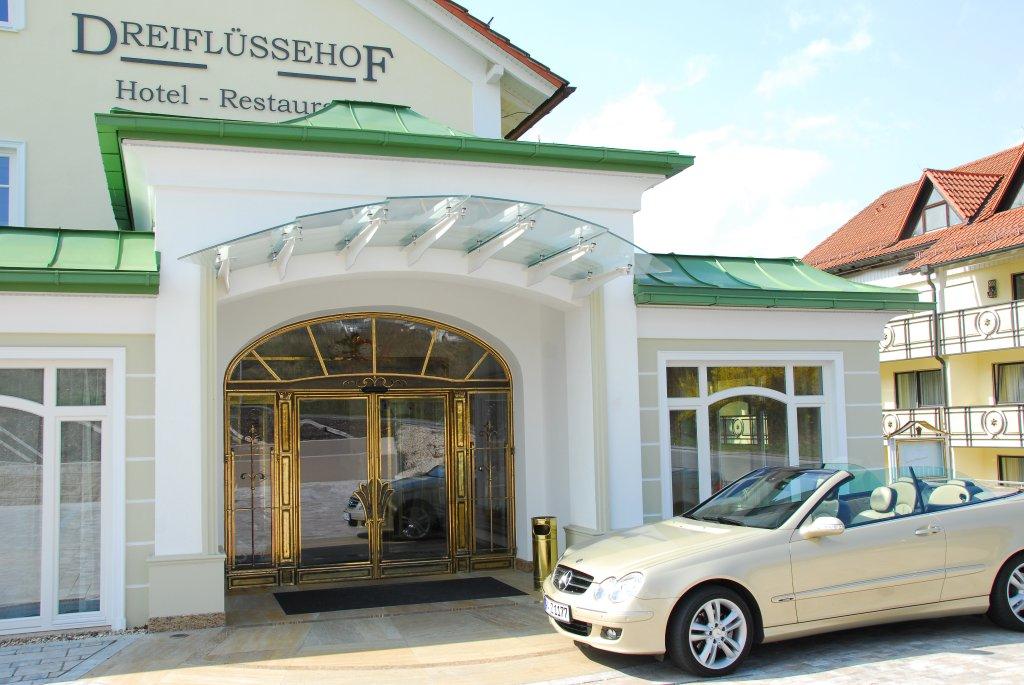 德雷福盧瑟霍夫餐廳飯店