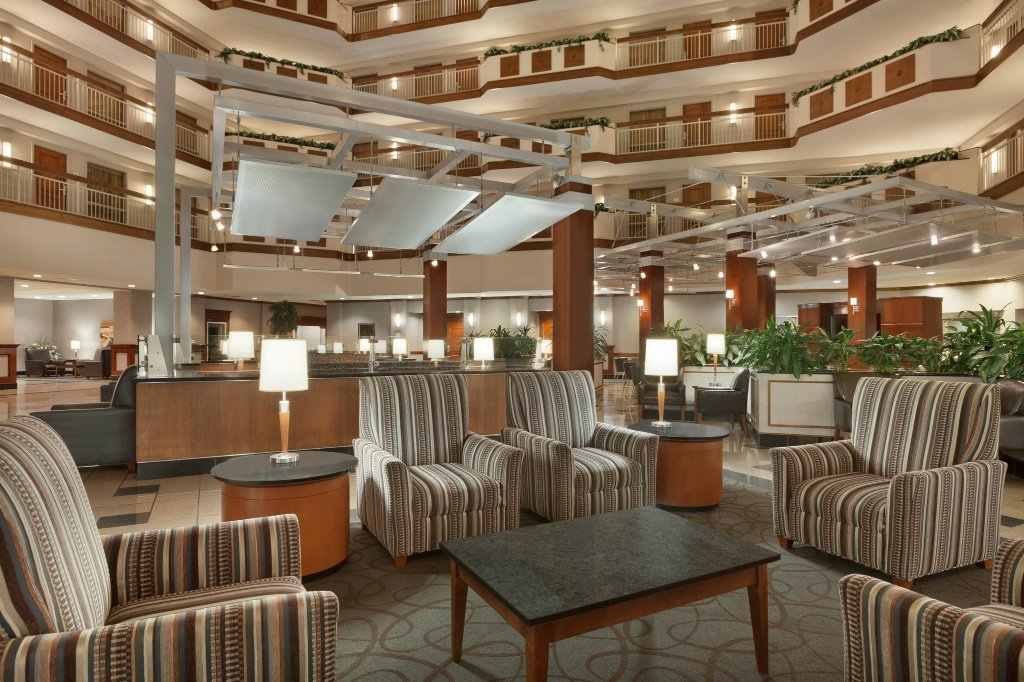 Embassy Suites by Hilton Dulles - North/Loudoun