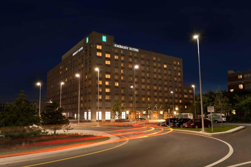 Embassy Suites by Hilton Boston - at Logan Airport