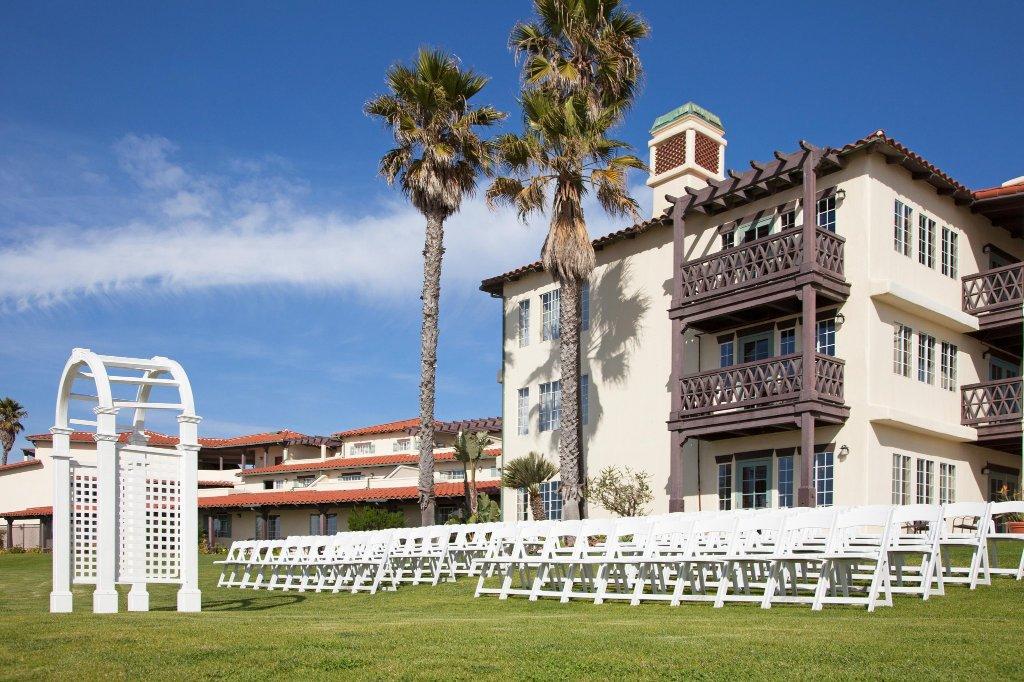 曼德勒海灘大使館套房度假飯店