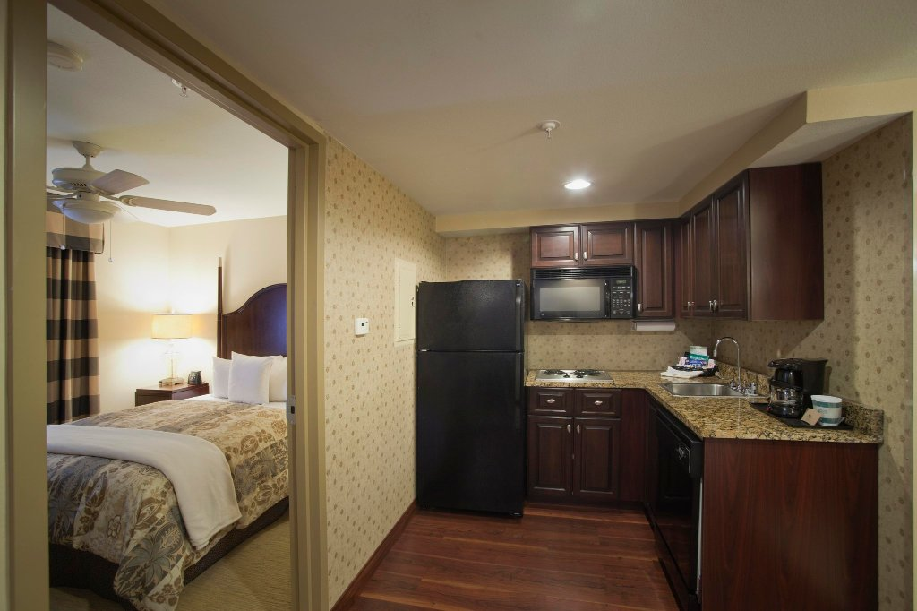 Homewood Suites by Hilton Albuquerque Airport