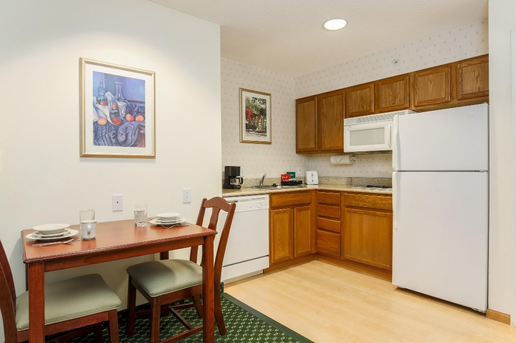 Homewood Suites Providence-Warwick