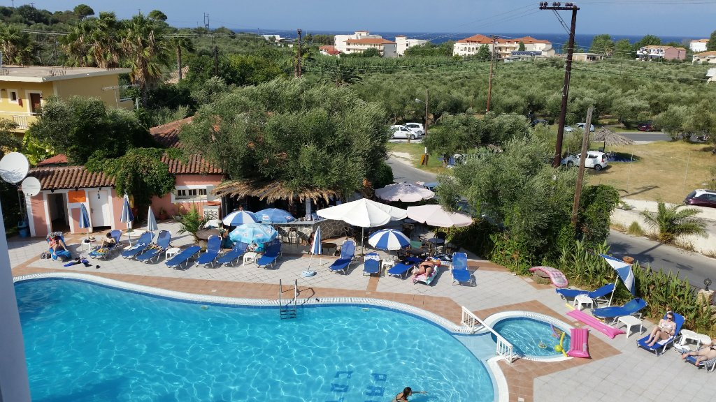 Callinica Hotel & Apartments