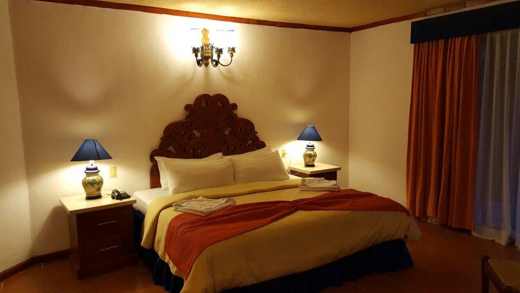 金塔里加伊克諾飯店