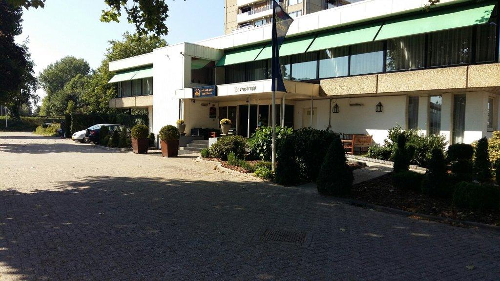 베스트 웨스턴 암스테르담 공항 호텔 유이톤