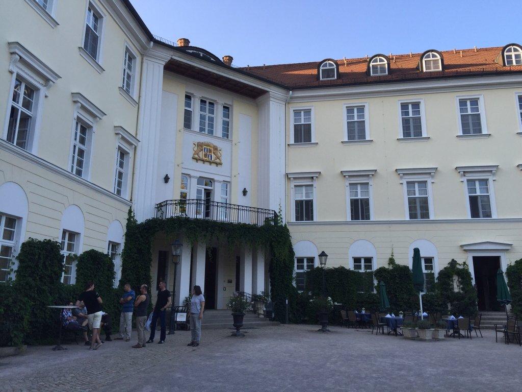 ホテル シュロス リューベナウ