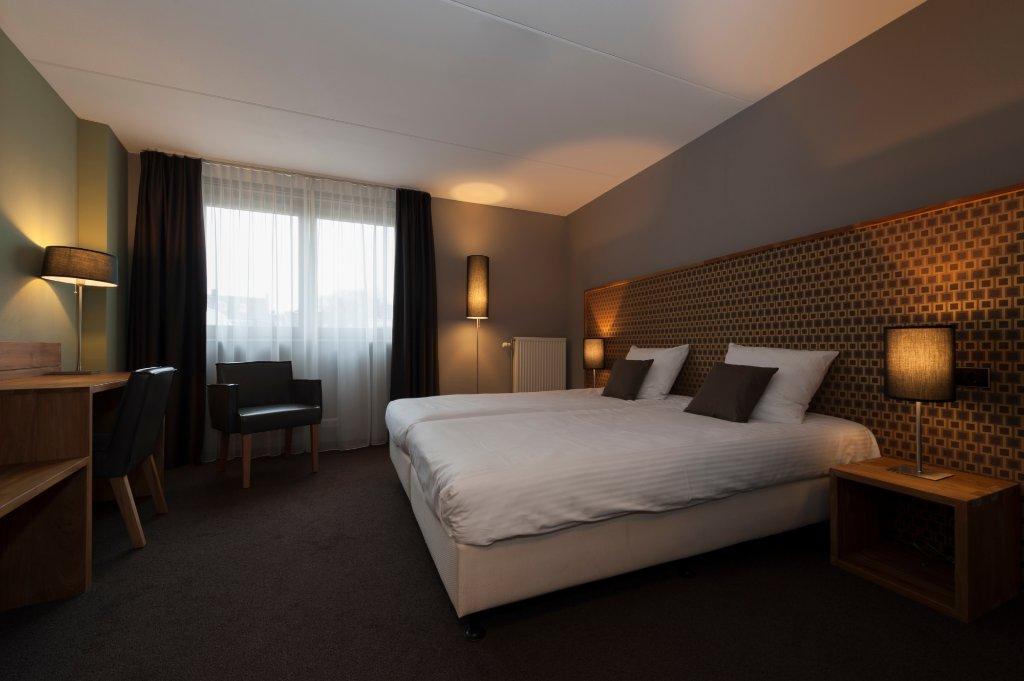Linge Hotel Elst