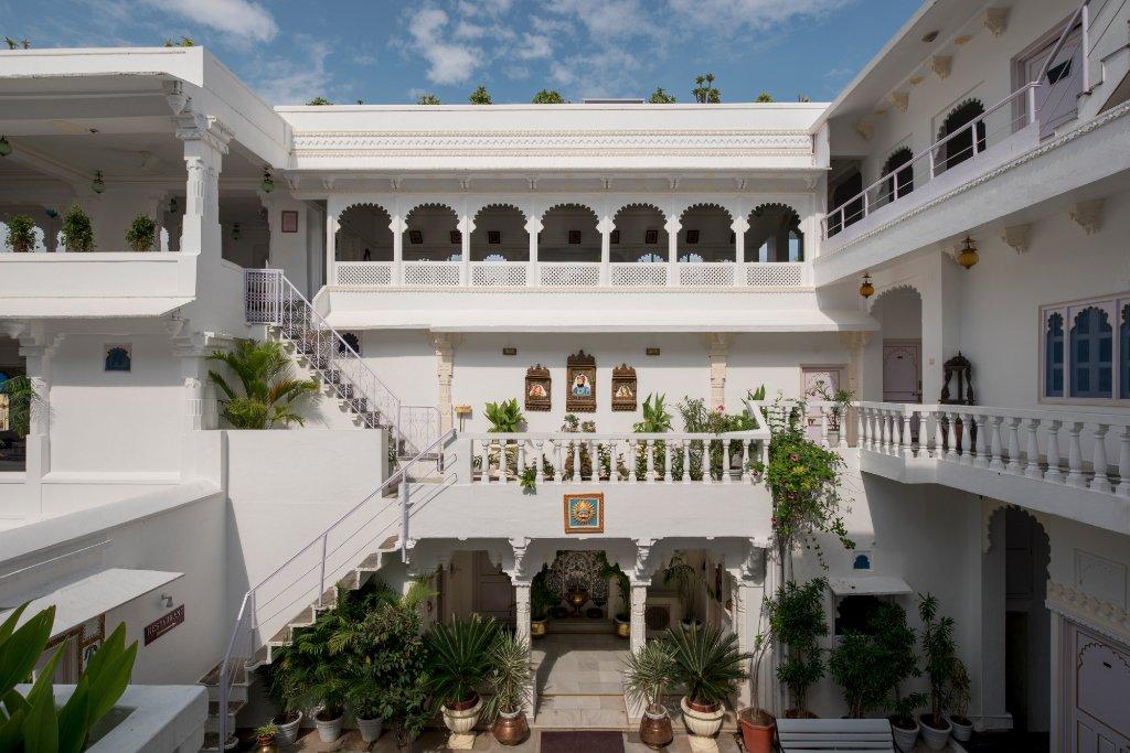 Jagat Niwas Palace Hotel