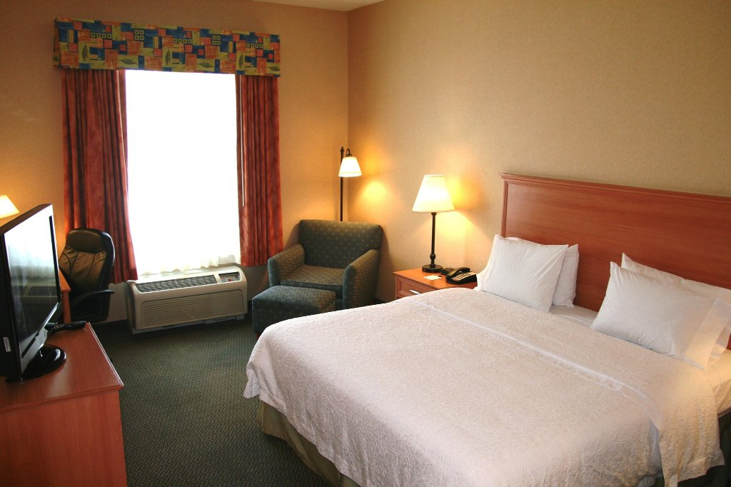 Hampton Inn & Suites Lathrop