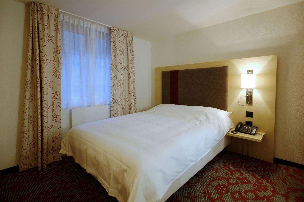 加尼特斯特格里加酒店