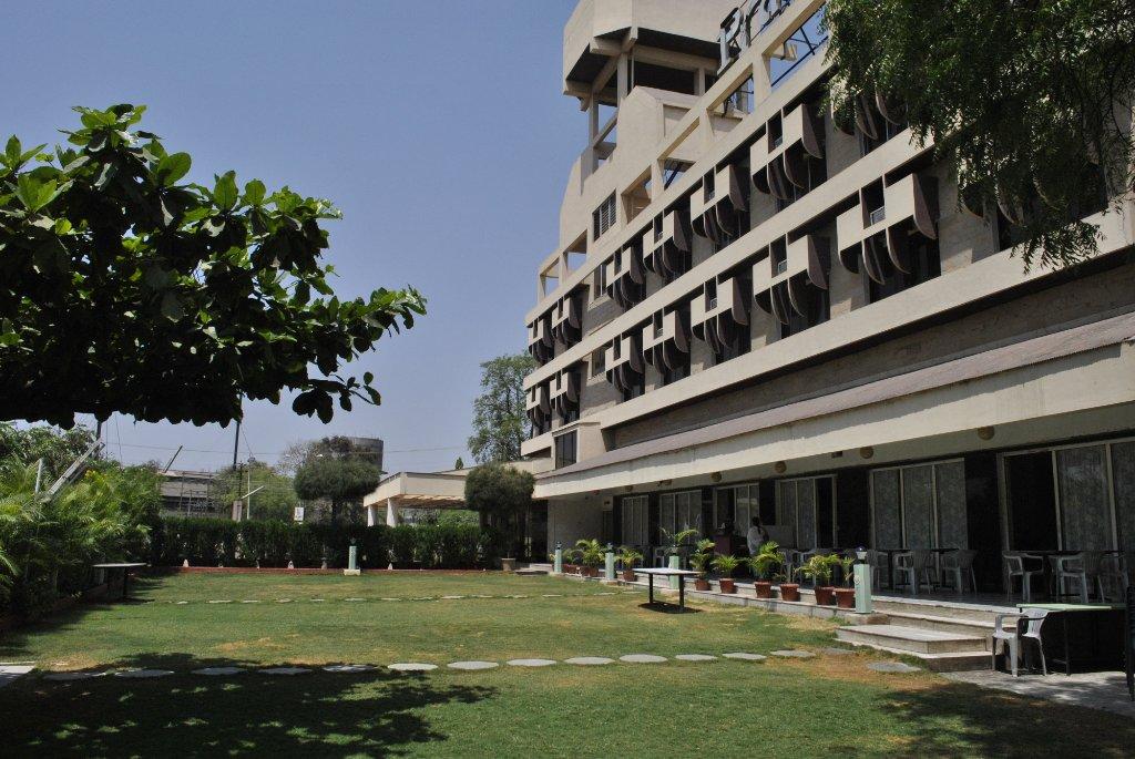 Hotel Pratham