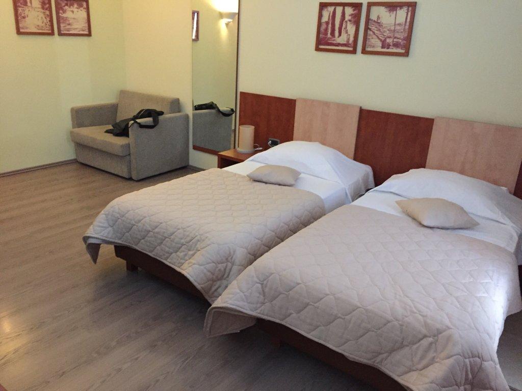 Hotel Mogorjelo
