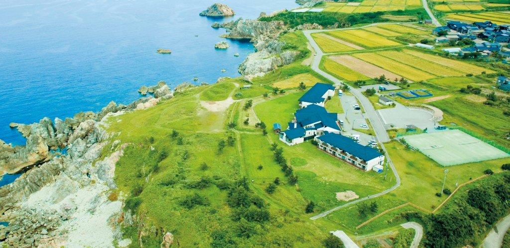 Hotel Familio Sado Aikawa