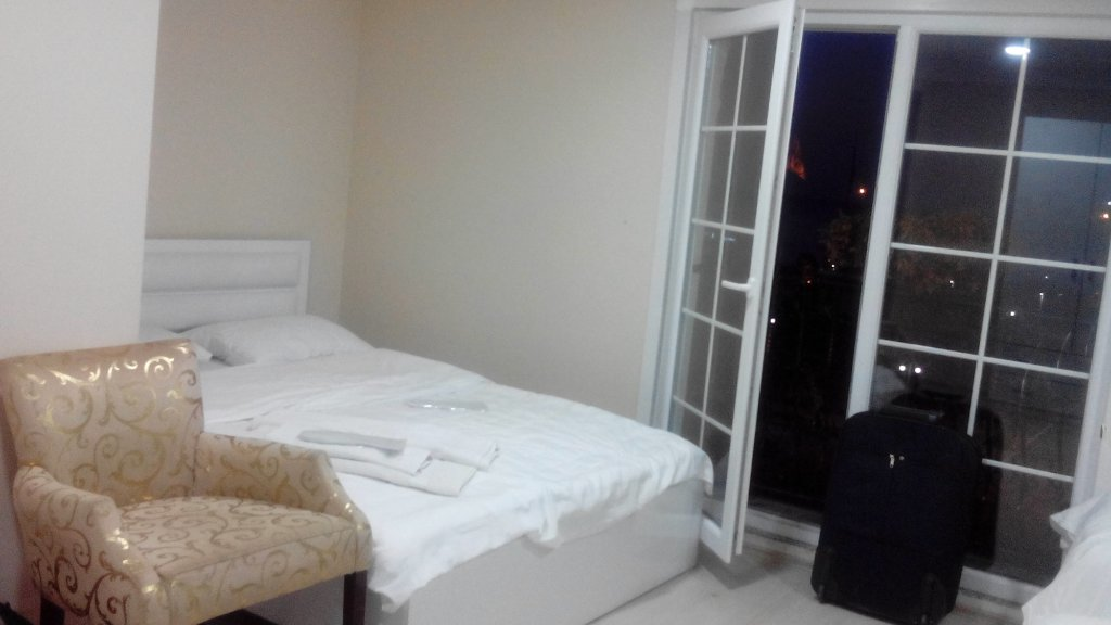 Real King Boutique Hotel