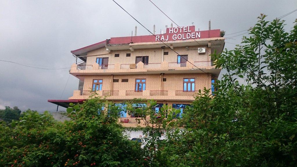 Hotel Raj Golden