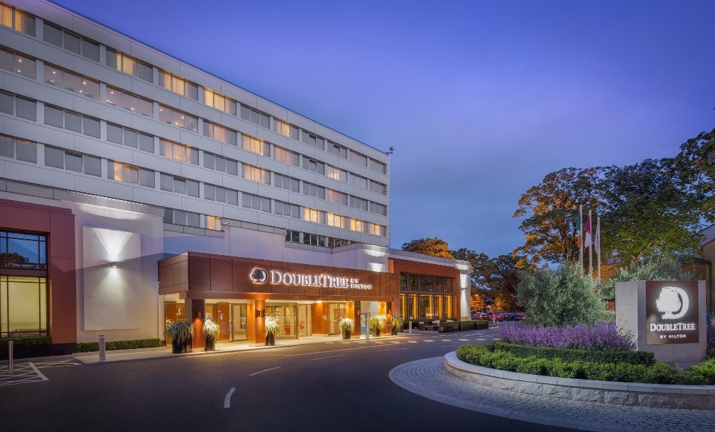 ‪DoubleTree by Hilton Hotel Dublin - Burlington Road‬