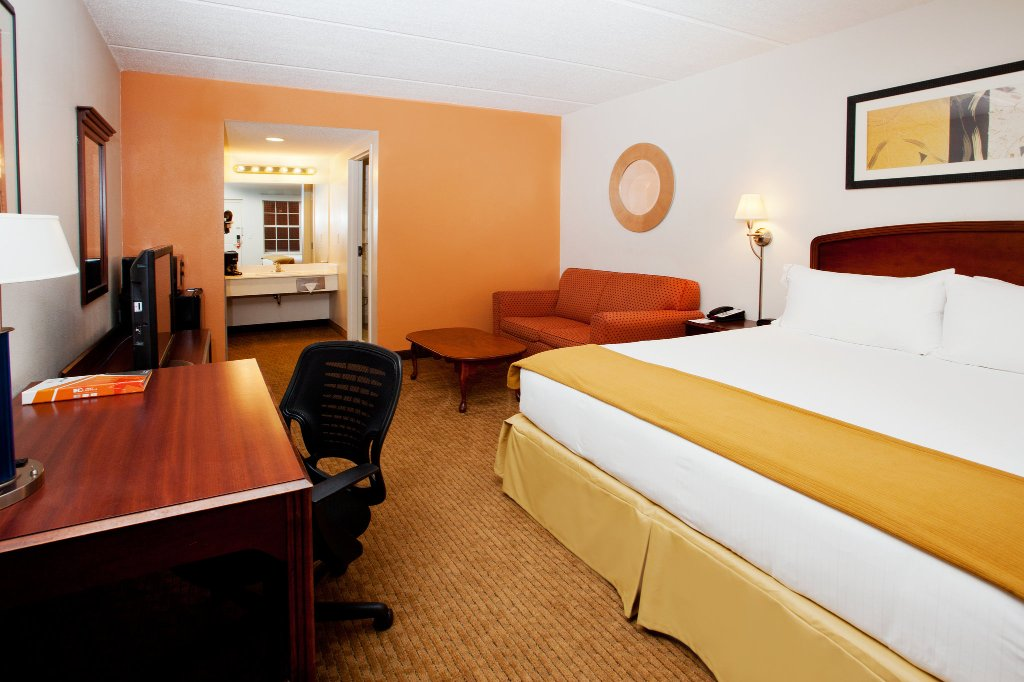 IHG Army Hotels - Hunter Army Airfield