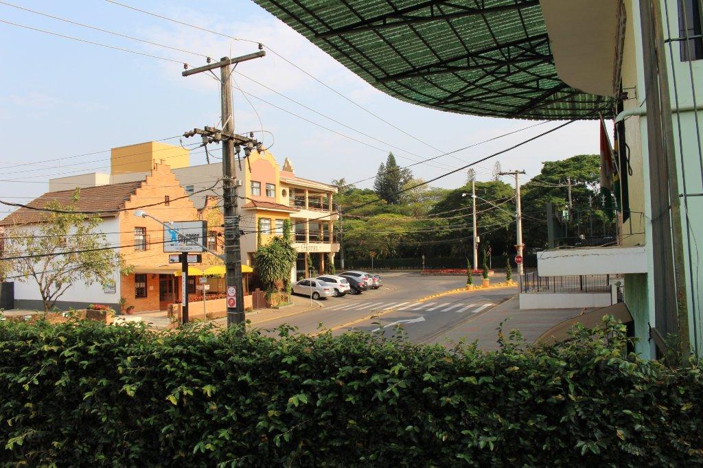Shellter Hotel