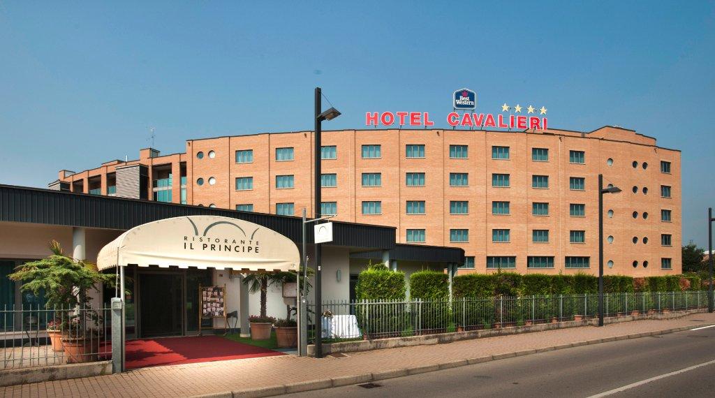 貝斯特韋斯特卡瓦列利酒店