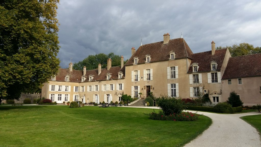 Chateau de Vault-de-Lugny