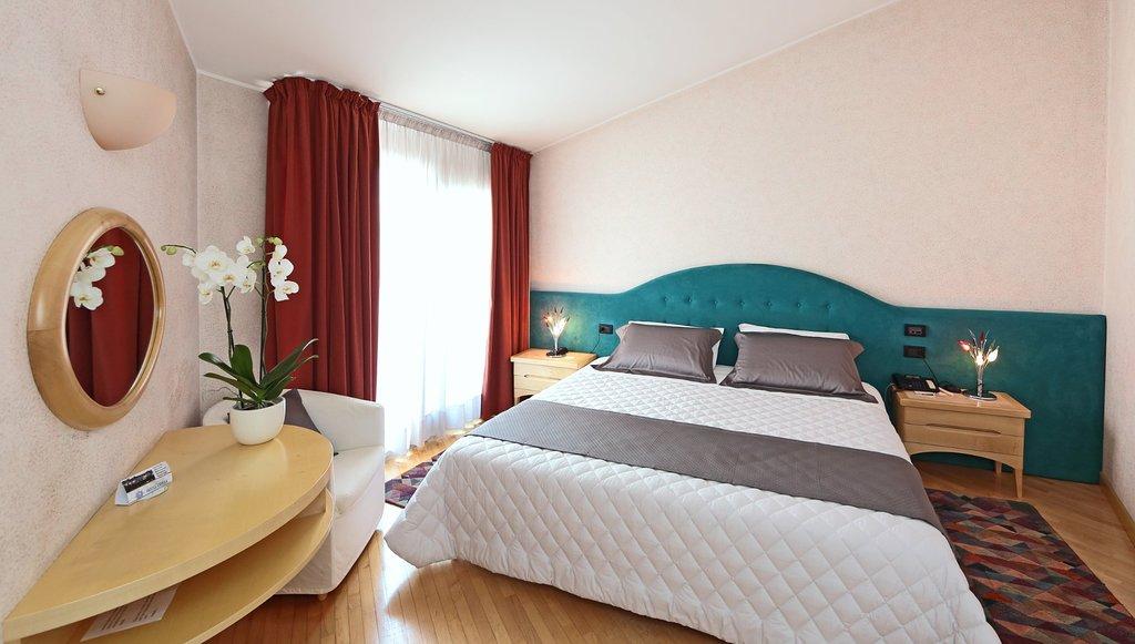 Hotel Contà
