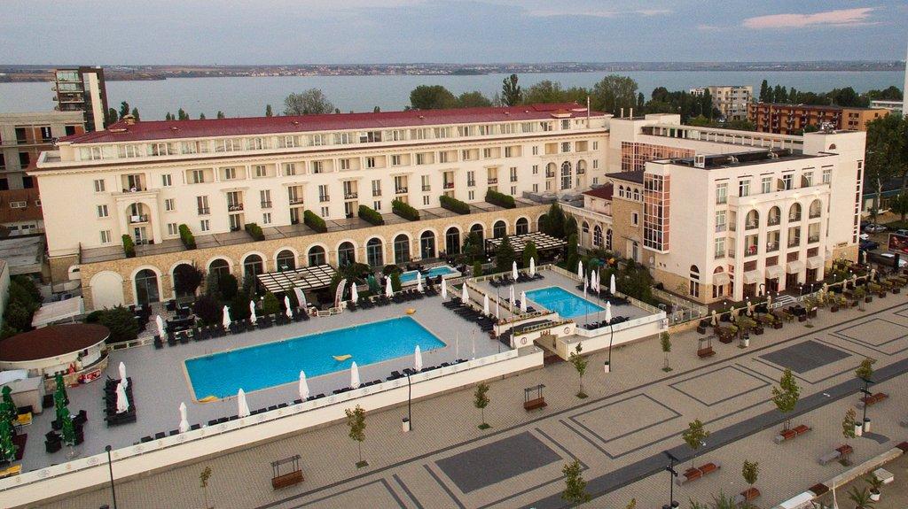 라키 호텔