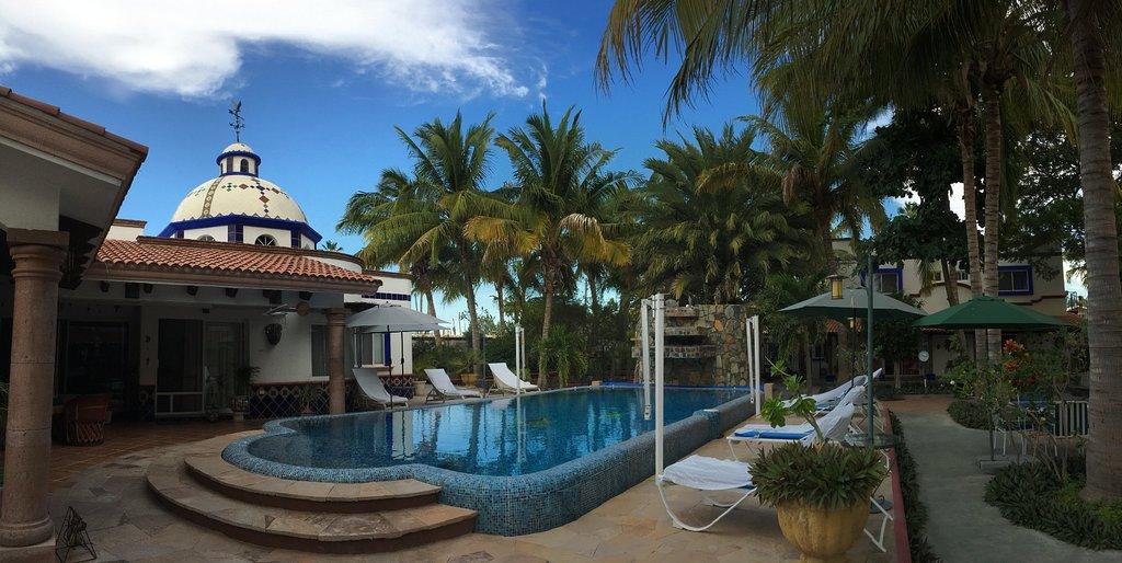 Hacienda Paraiso de La Paz Bed and Breakfast/Inn