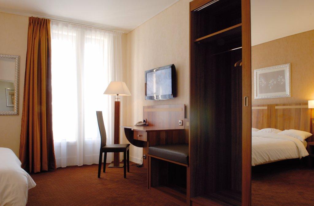 格蘭德莫納爾克酒店