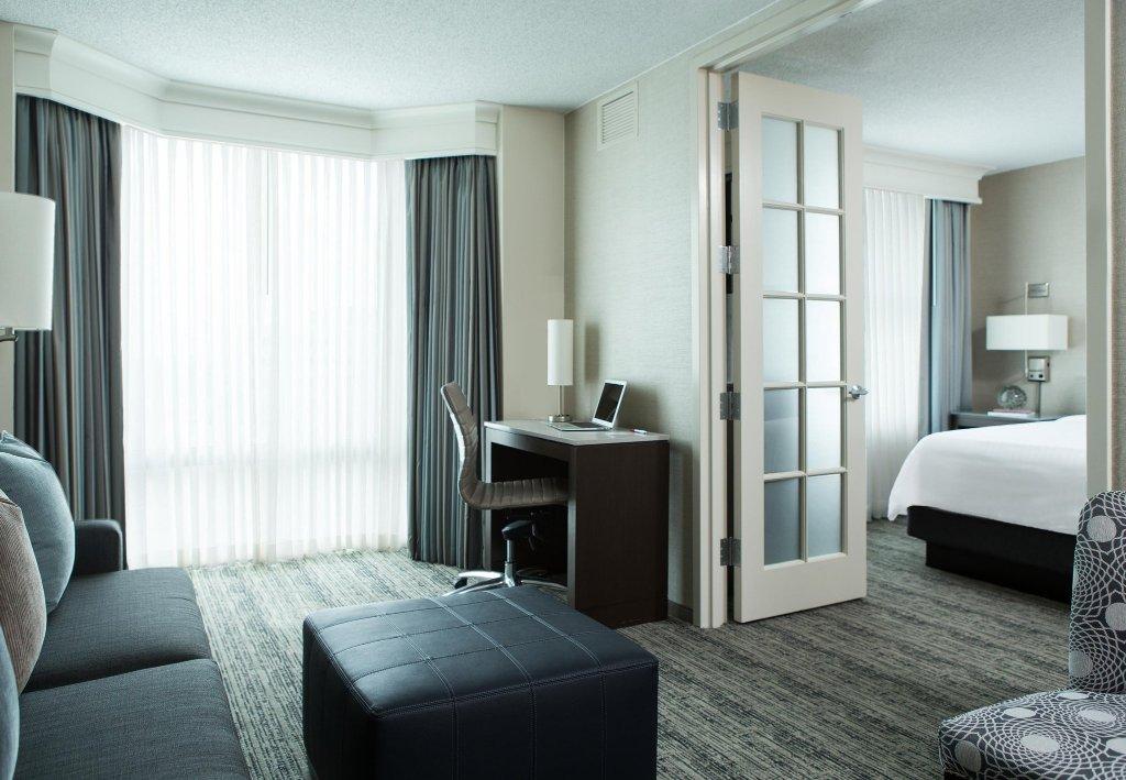 芝加哥道諾斯格洛夫萬豪套房飯店