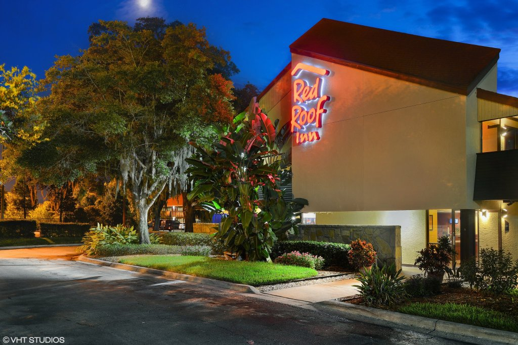 Red Roof Inn Tampa Fairgrounds-Casino