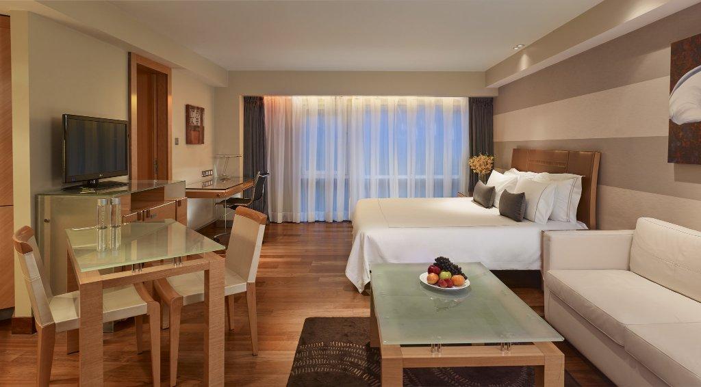 河畔酒店-俱樂部&公寓