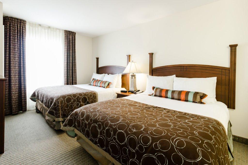 ステイブリッジ スイーツ オースティン エアポート ホテル