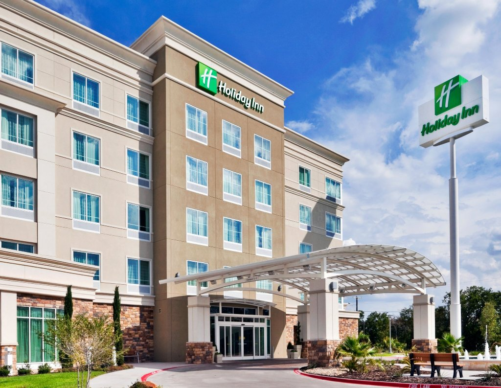 Holiday Inn & Suites Waco Northwest
