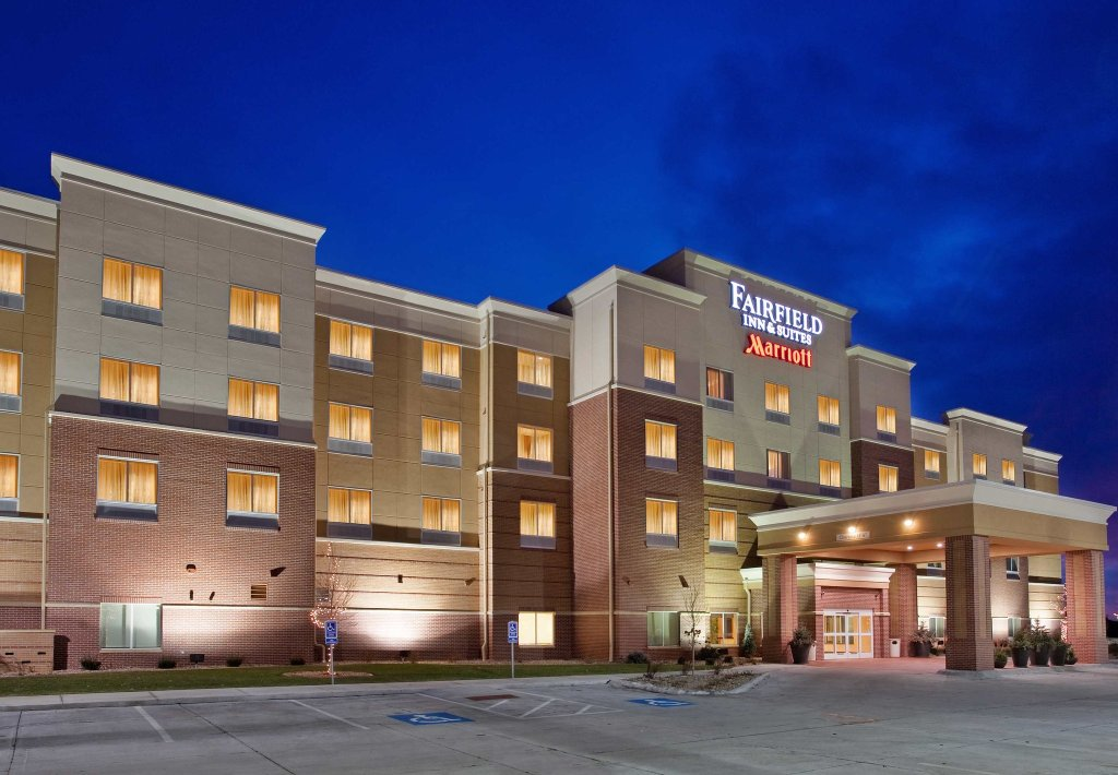 Fairfield Inn & Suites Kearney