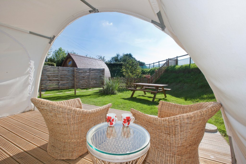 Stonehenge Campsite & Glamping Pods