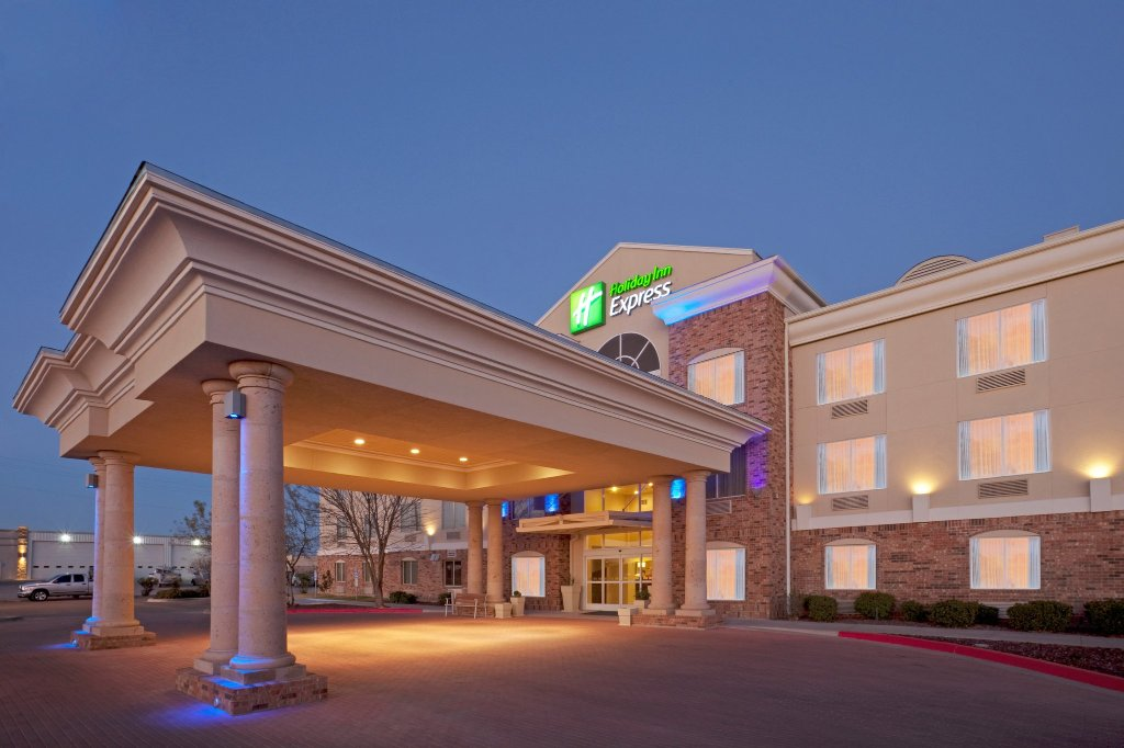 Holiday Inn Express Eagle Pass