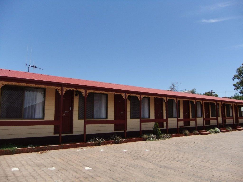 Daydream Motel