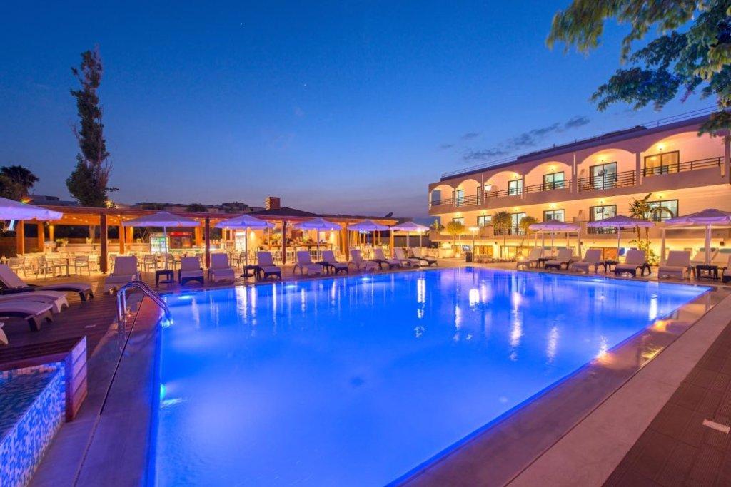 Sunny Days Hotel