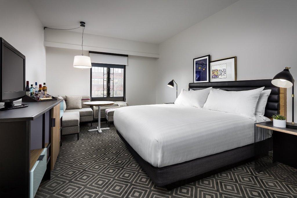 Freepoint Hotel