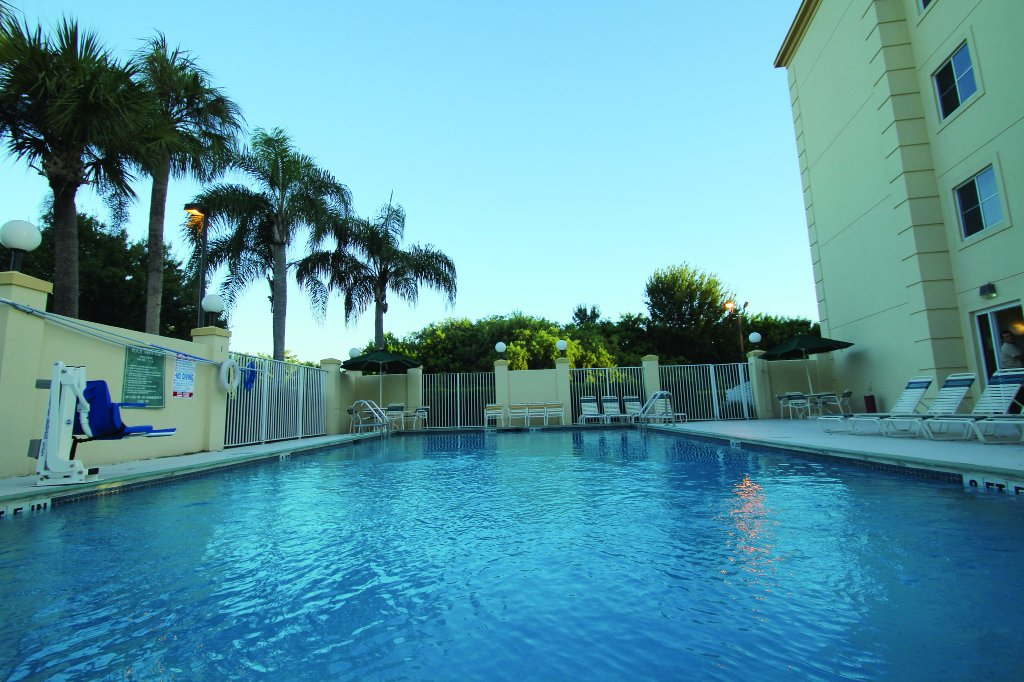La Quinta Inn & Suites Melbourne Viera