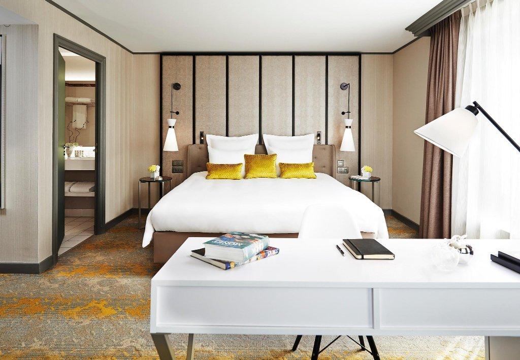 拉德芳斯復興巴黎酒店