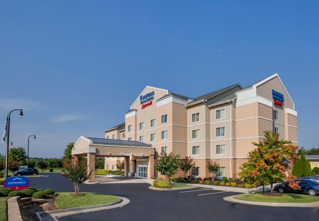 Fairfield Inn & Suites South Hill I-85
