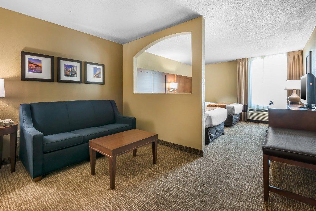 Comfort Suites Baymeadows